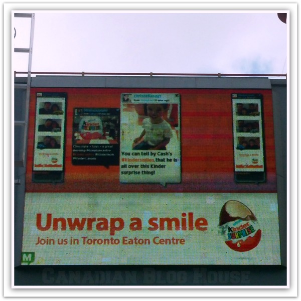 Come Unwrap A Smile With Kinder Canada #Kindersmiles