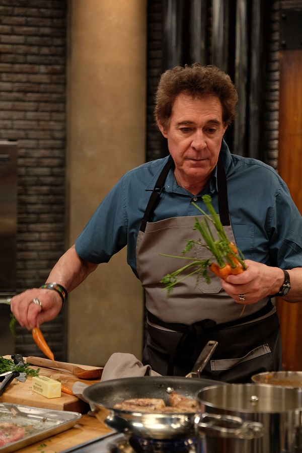 Celebrity: Rolling in the Deep | Worst Cooks in America