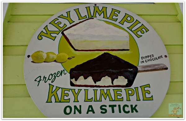 Key West Key Lime Pie On A Stick