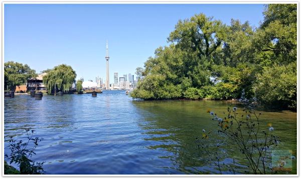 Toronto Skyline Centre Island