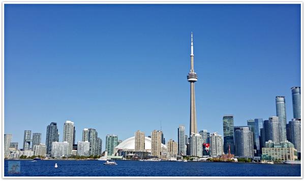 Toronto Skyline Toronto Ferry