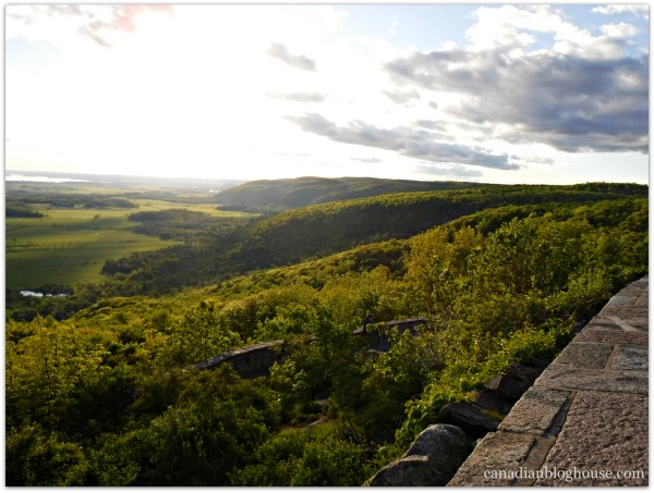 Champlain Lookout Gatineau Provincial Park Fujifilm FinePix XP120