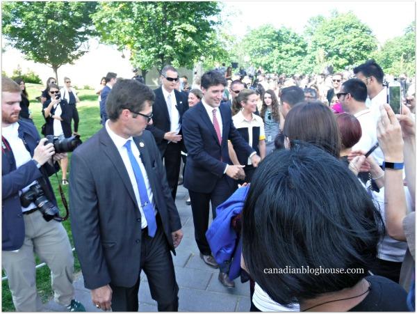 Justin Trudea Sophie Gregoire Trudeau Parliament Hill