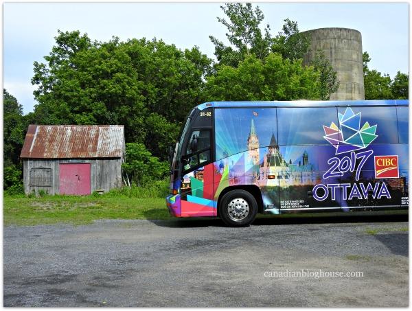 Popsilos Ottawa 2017 Tour Bus