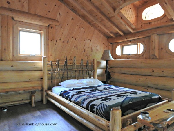 Parc Omega Wildlife Park Accommodations