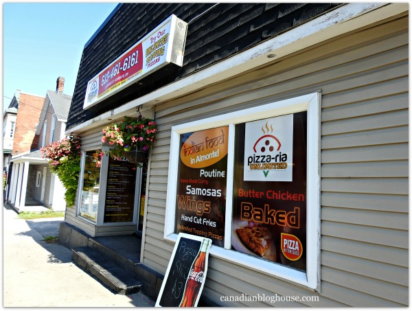 Ontario's Highlands Pizza-ria Unlimited Small Towns In Ontario