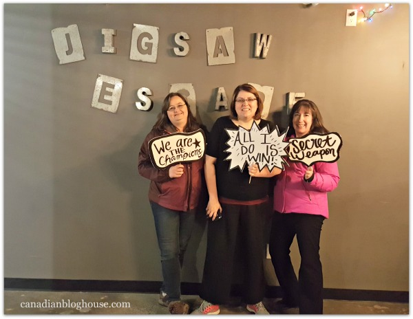Blogger Crime Syndicate Escapes From Ottawa's Jigsaw Escape Rooms!