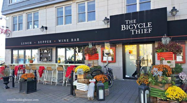 Visiting Halifax Nova Scotia? Don't Miss These 2 Culinary Hotspots!