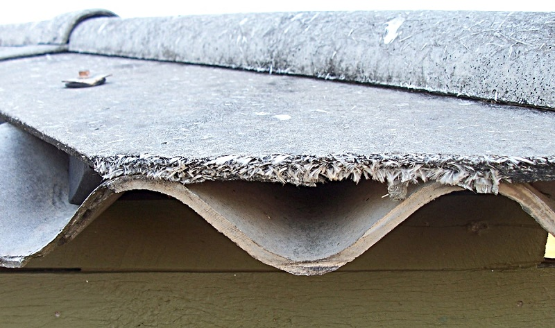Roof sheeting toxic mineral