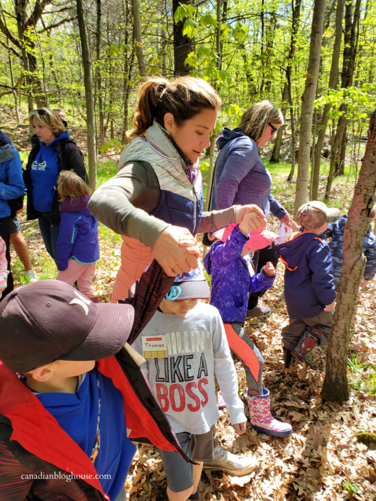 Sophie Gregoire Trudeau with kids at Landon Bay Thousand Islands National Park