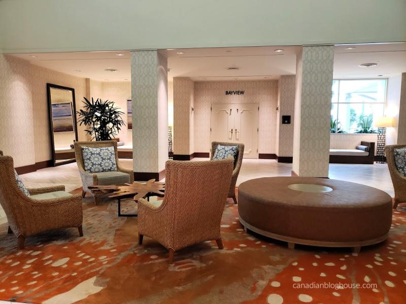 Omni Corpus Christi Hotel seating area in lobby