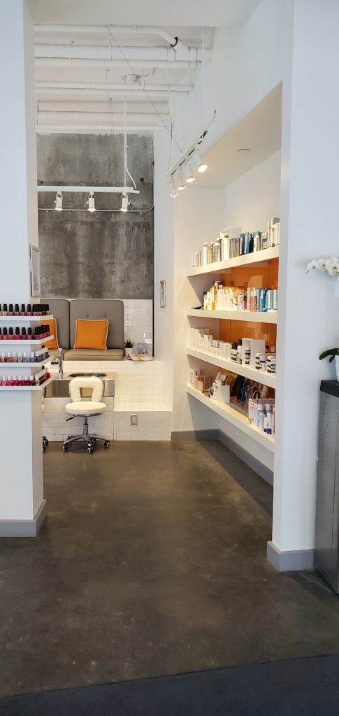 THE TEN SPOT beauty bar